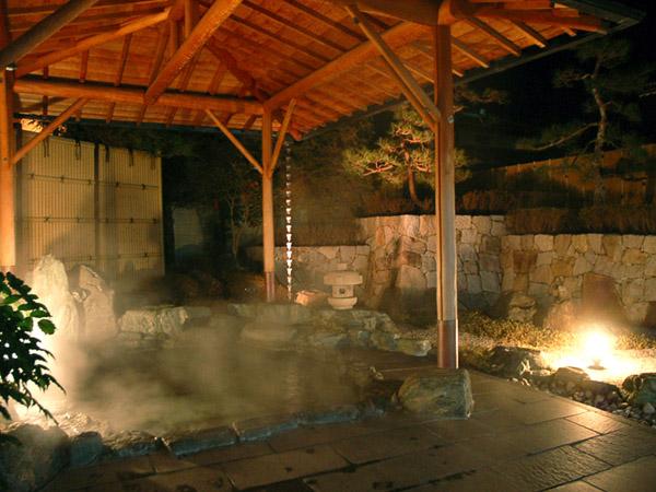 男性露天風呂『古城の湯』